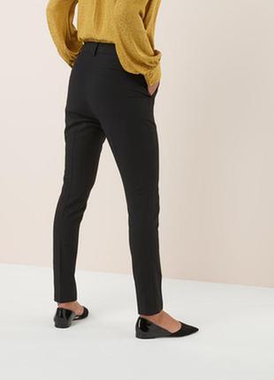 Зауженные брюки next размер 16
