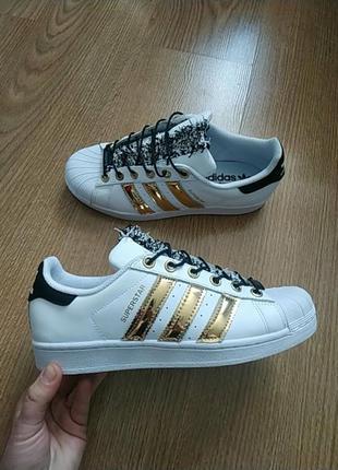 Кожаные кроссовки 40 размер adidas superstar оригинал