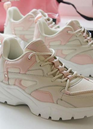 Распродажа! розовые бежевые кроссовки на платформе размер 38,39