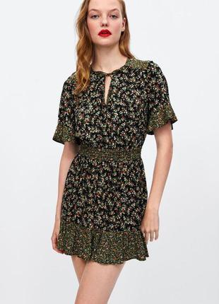В наличии платье в цветочный принт zara