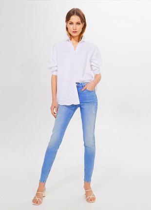 Новые скини светлые джинсы  mohito
