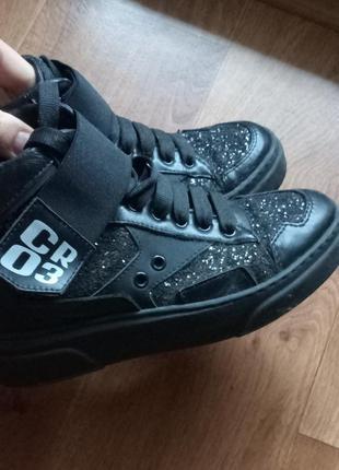 Ботинки деми высокие черные с  блестками размер 36