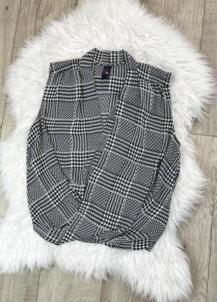 Черно белая блуза в гусиную лапку с имитацией запаха 1+1=3