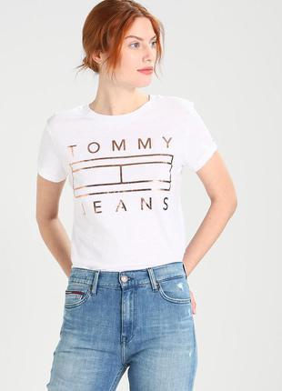 Оригинальная белоснежная футболка tommy hilfiger