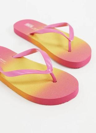 Сланці омбре в'єтнамки резиновые шлепанцы, яркие вьетнамки яскраве взуття.