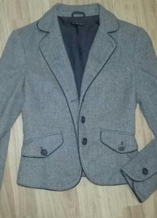Стильный теплый пиджак