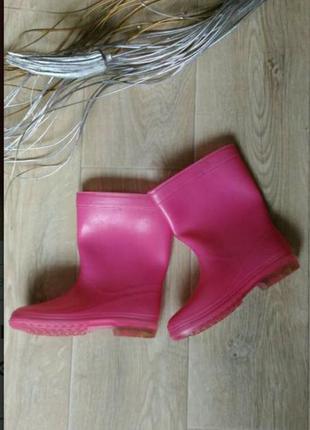Розовые резиновые сапоги размер 33