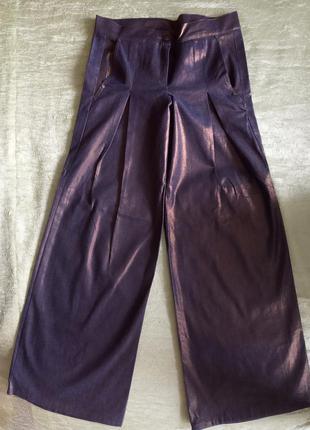 Трендовые брюки-плаццо