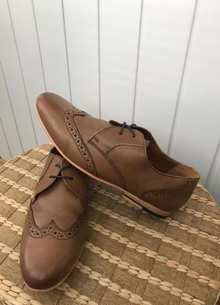 Шкіряні чоловічі туфлі броги від kg by kurt geiger