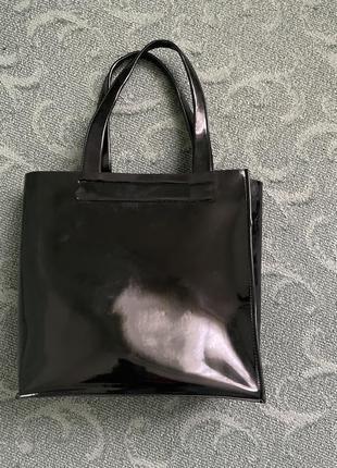 Шкіряна лакована сумка