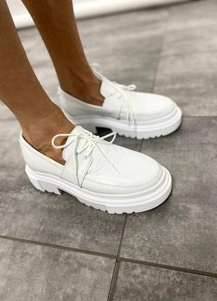 Туфли женские натуральная кожа в белом цвете