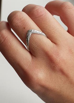 Серебряное кольцо размер 18