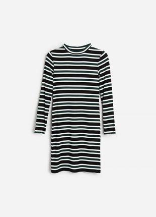Новое фирменное платье reserved
