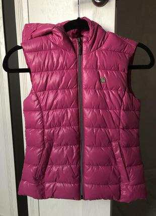 Розовая жилетка для девочки