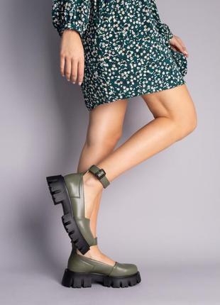 Стильные туфли из натуральной кожи на массивной подошве