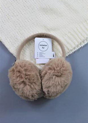 Тепленькі жіночі навушники бренду c&a