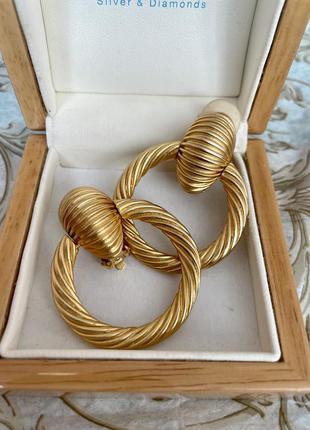 Винтажные серьги-клипсы кольца круассаны золотистые американский винтаж