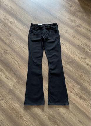 Джинсы, клёш, чёрные, со стрейчем, хорошо тянуться, мягкие и удобные, h&m, на рост 160-170