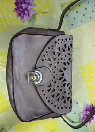 Небольшая сумка,сумочка