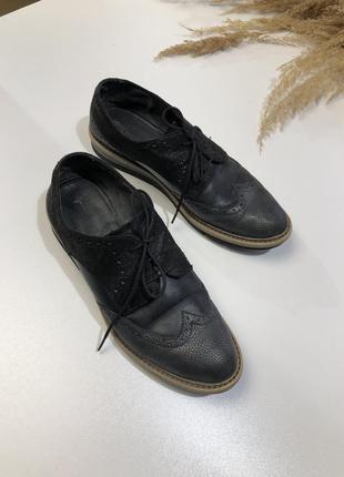 Туфлі оксфорді tamaris