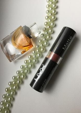 Nyx professional makeup (сша) матовая помада тон еuro trah