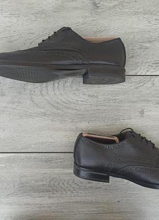 Schuh мужские кожаные туфли броги черного цвета 43 размер