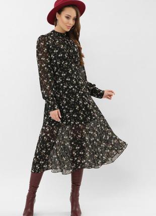 Красивое, шифоновое платье в цветочный принт 🌼