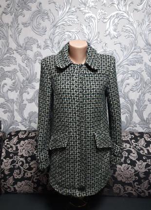 Пальто размер:xs