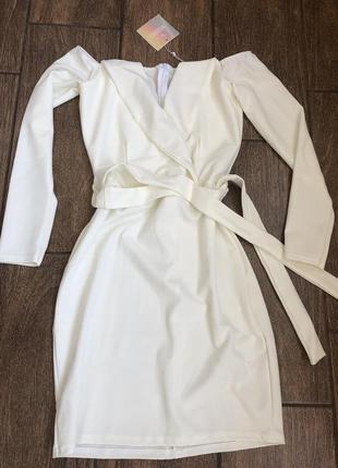 Новое летнее платье с бирками с рукавом с поясом missguided