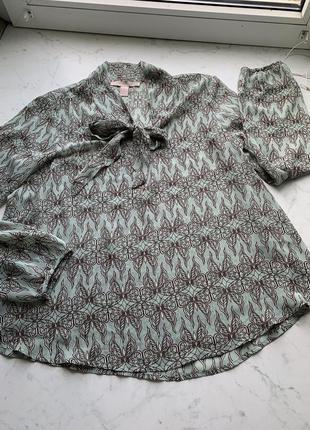 Красивая базовая блуза forever21 c длинным рукавом размер s-m