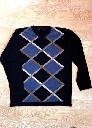 Джемпер.  свитер