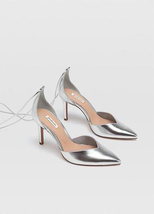 Туфли лодочки серебро/металлик с завязками stradivarius 🤍