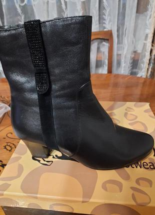 Ботильоны, ботинки новые кожа 38 размера