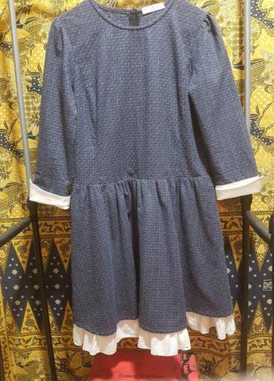 Платье  для девушки и молодой женщины