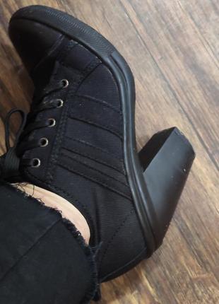 Котоновые туфли на толстом каблуке, на шнуровке,  черный деним, select, 38р,