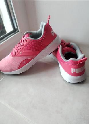 Кроссовки бренда puma soft foam  uk 3 eur  35,5