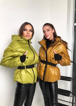 Дутая объёмная куртка с карманами под пояс