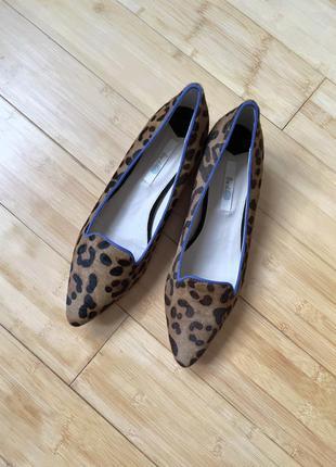 Натуральные туфли из меха пони