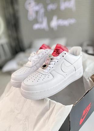 Женские кроссовки nike air force 1 white lace red скидка sale | жіночі кросівки найк білі знижка