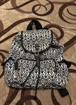 Рюкзак с кожаными вставками