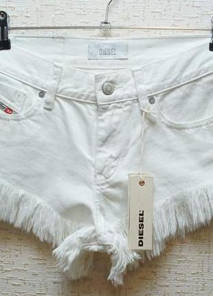 Женские шорты diesel белого цвета