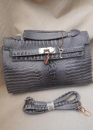 #3. шикарная маленькая сумочка по скидке