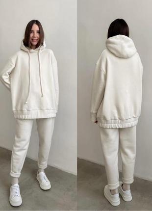 #костюм  артикул: 506-439 цвет: мокко , лаванда , молоко , зелёный размеры: 42-44, 46-48 материал: трехнить на флисе  заказать 💌