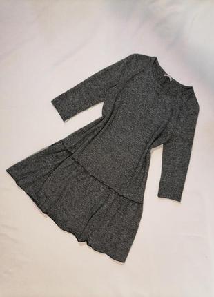 Тёплое платье с рукавами трапеция