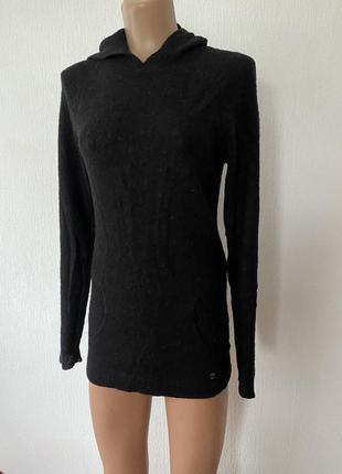 Брендовий светр !
