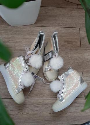 Розпродаж черевики primark