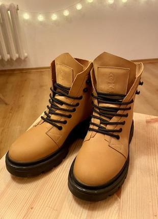 Рыжие ботинки kasandra