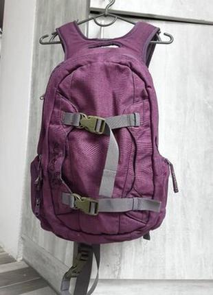 Добротный женский рюкзак dakine