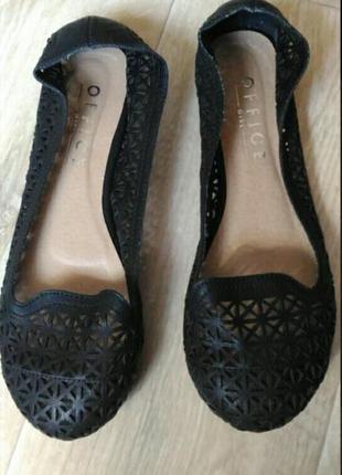 Чёрные ажурные туфли балетки office, размер 38