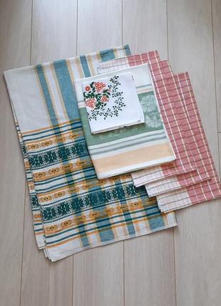 Комплект для кухни - скатерть, полотенце